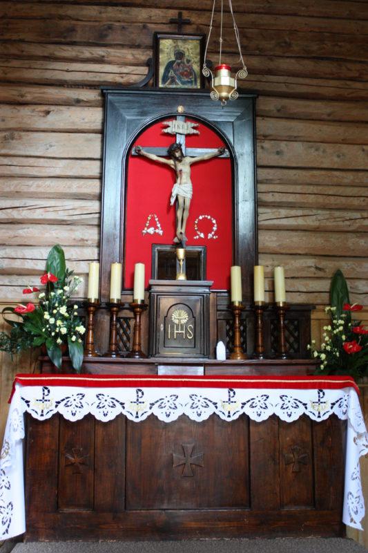 Kaplica św. Krzyża_ołtarz